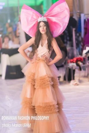 Andreea Costache, castigatoarea Teen Miss Planet 2019, selectata pentru Miss Romania de catre Claudia Neghina