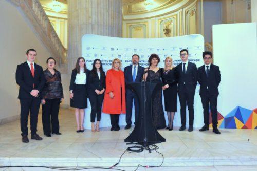 Complexul Educaţional Laude-Reut, un aliat puternic, a semnat un Acord de parteneriat împreună cu (CONAF) şi  (FPPG)