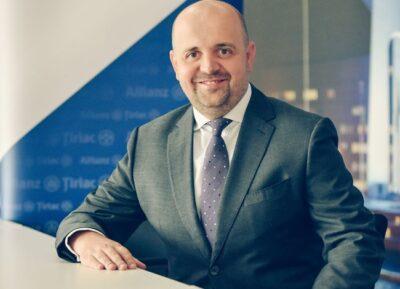 Allianz-Țiriac simplifică achiziția asigurărilor auto: numărul întrebărilor adresate clienților se înjumătățește