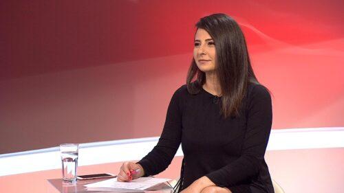 """Interviu cu Geanina Iacob: """"Televiziunea este marea mea iubire și am dat totul pentru ea."""""""
