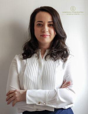 """Interviu cu Anamaria Necșulescu, Luminaria Handcrafted: """"Afacerea mea este un mix de chimie, fizică, tupeu și răbdare."""""""