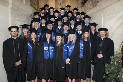 WU Executive Academy oferă burse de studiu în valoare de 200.000 de euro