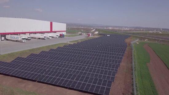 Kaufland România investește 1,5 milioane euro în energie verde și instalează panouri fotovoltaice pe clădirile sale