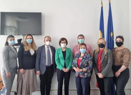 """Întâlnire la sediul Ministerului Sănătății cu reprezentanții inițiativei """"2035 – Prima Generație Fără Tutun a României"""""""