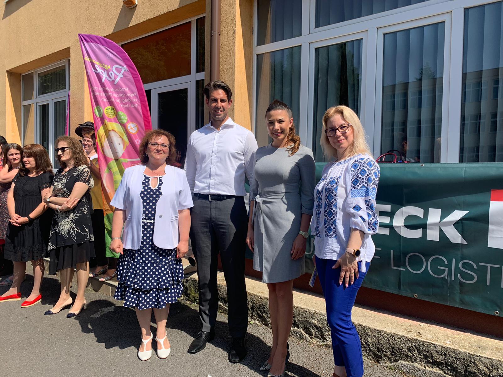 În premieră, un colegiu din Braşov a avut o festivitate de premiere inedită la final de an şcolar, premiindu-şi nu doar elevii ci şi profesorii