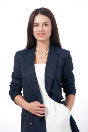 Angajații pot accesa instant sume în avans din salariu prin intermediul unui parteneriat între Salarium și Alpha Bank Romania