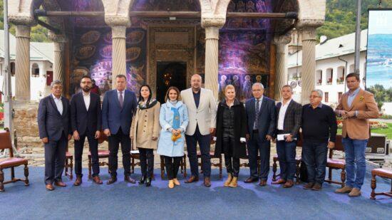 Vâlcea poate ajunge în top 3 destinații turistice românești