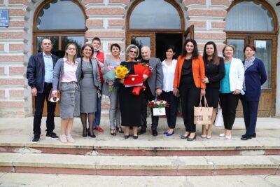 """Maria Holtzhauser, Președintele asociației ce îi poartă numele, a primit titlul de """"Cetățean de onoare"""" al municipiului Fălticeni"""